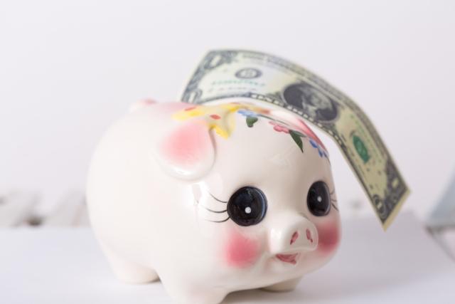 かわいい豚の貯金箱
